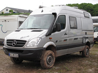 abenteuer-allrad-2013-base-camp-11-mercedes-benz-sprinter-4x4-camper-thumb.jpg